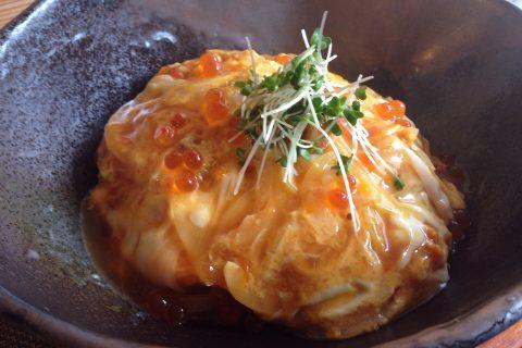 雲丹の卵とじ丼