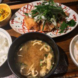 チキン竜田の香味野菜塩ポン酢定食
